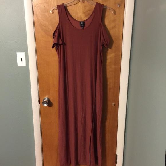NWT Derek Heart Plus cold shoulder maxi dress